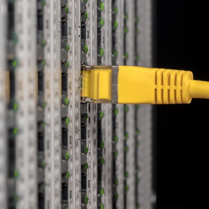 Instalación-de-redes-WIFI-y-Cableado-705x705